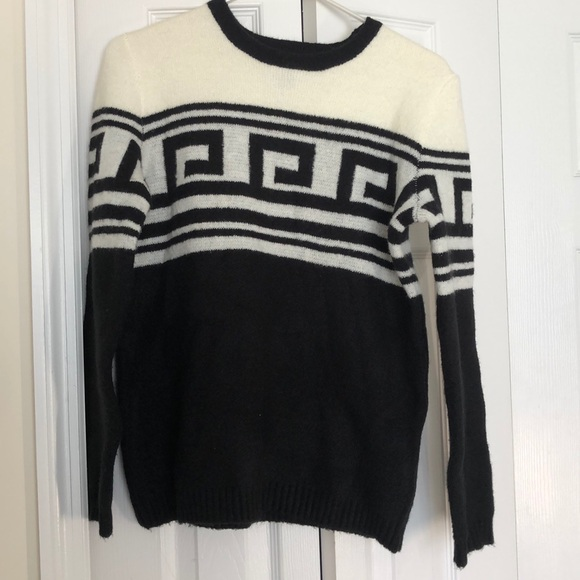 Forever 21 Sweaters - Forever21 Sweater